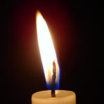 candle-1421437-639x847